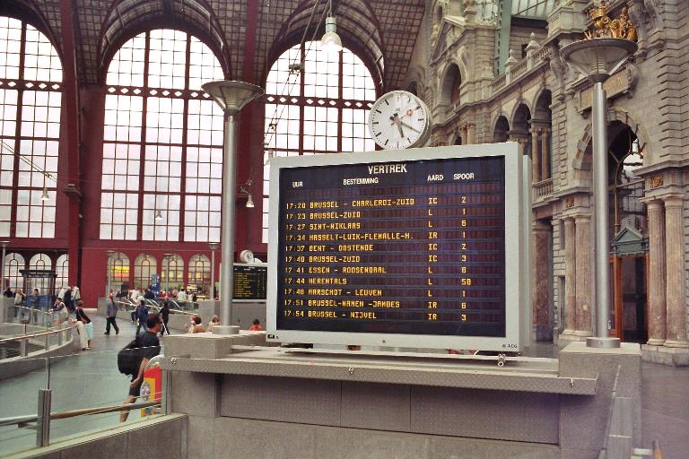 Antwerp station timetable